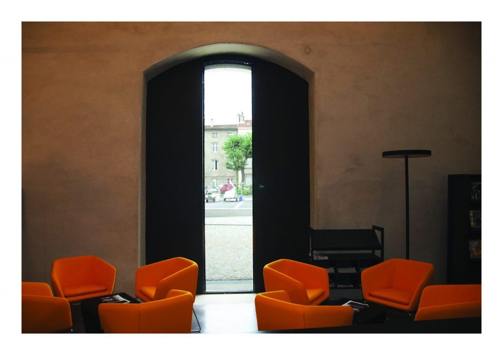 http://www.rivat-architecte.fr/wp-content/uploads/2017/03/BOOK-mediatheque17.03.0615-1024x724.jpg