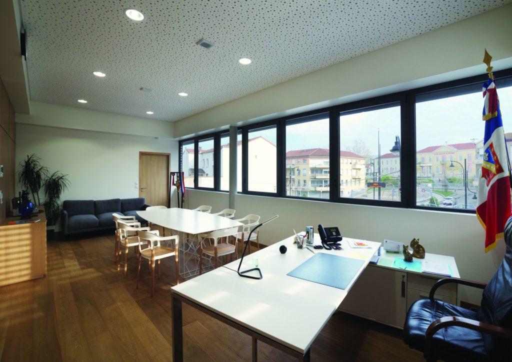 https://www.rivat-architecte.fr/wp-content/uploads/2016/12/BOOK-mairie-Lorette16-scaled-1024x724.jpg