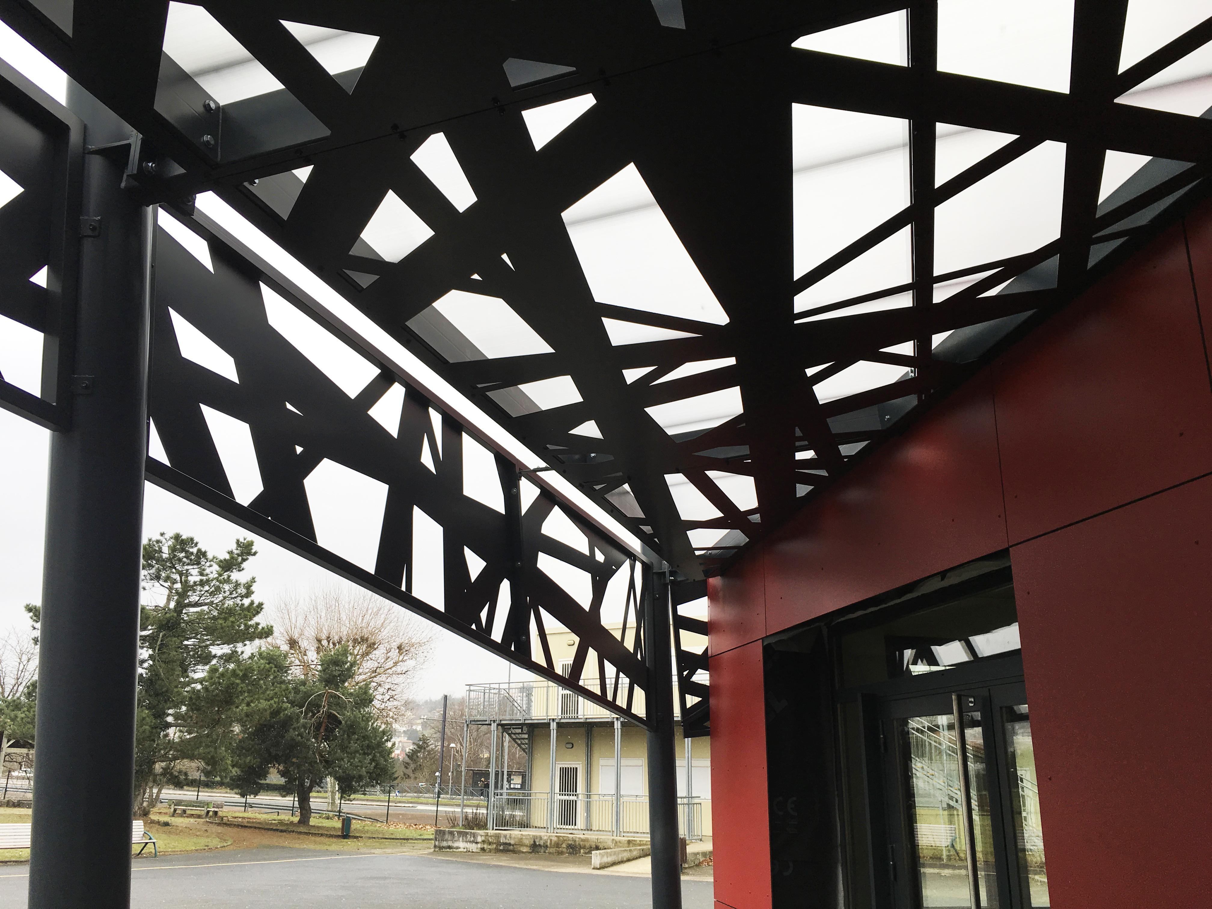 Une rénovation énergétique haut gamme pour ce CREM du lycée Simone Weil à St Priest en Jarez